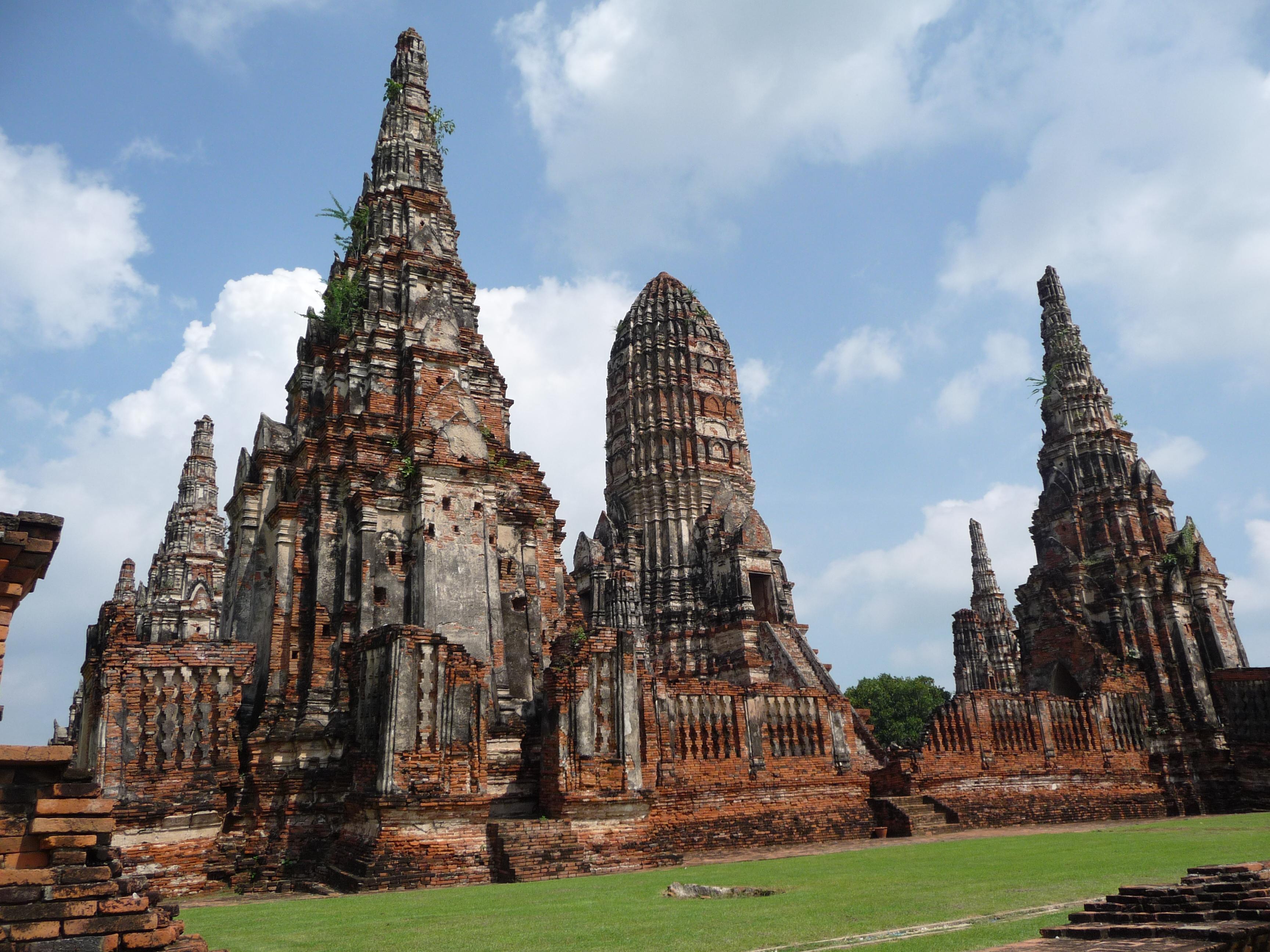 Wat Chaiwatthanaram  Carly & Daves World Adventure Blog